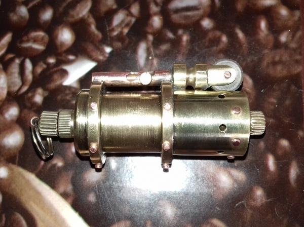 Зажигалка  бензиновая Золотник - 2