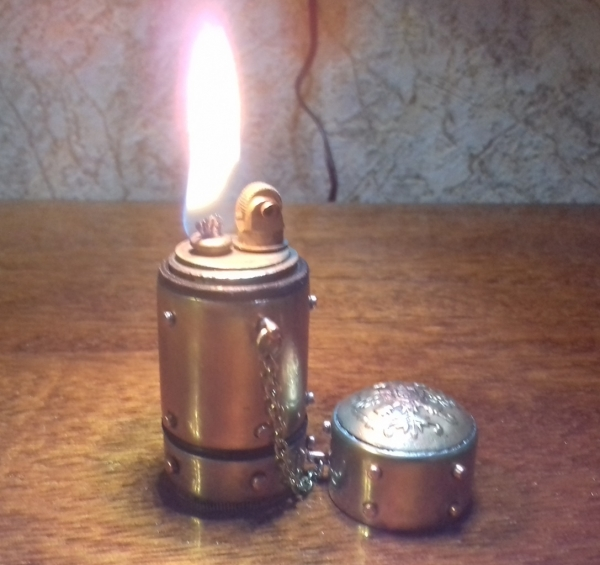 Зажигалка бензиновая  Русский стандарт.