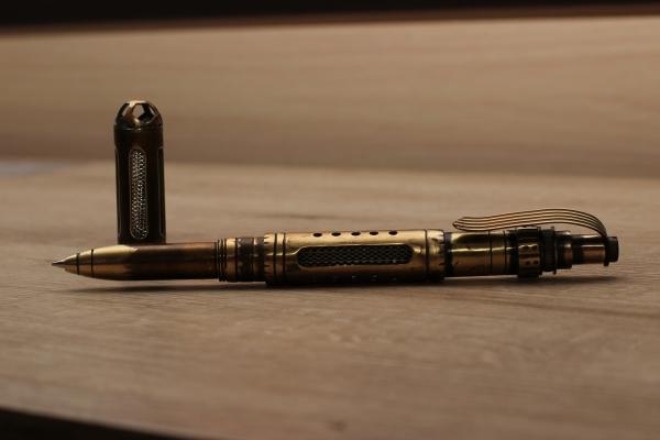 Шариковая ручка № 4 Работяга