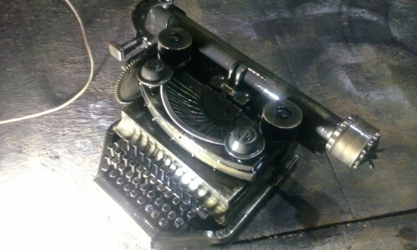 Готовая печатная машинка.