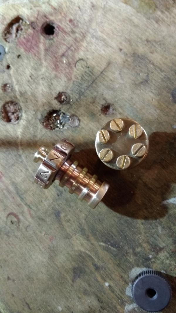 Зажигалка в стилистике Steampunk(частичный ворк)