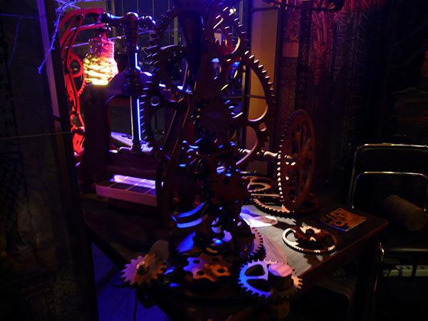 Вечерние фотографии стенда Steampunker.ru