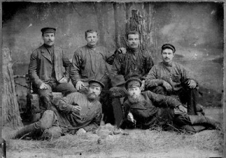 Рабочие вагонного цеха ст. Новониколаевск