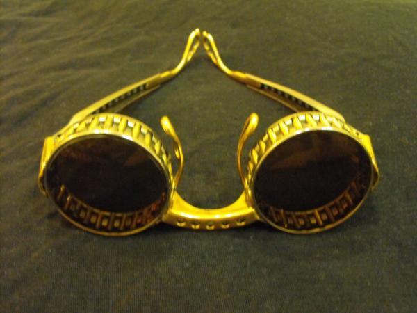 Самодельные стимпанк очки (Фото 26)