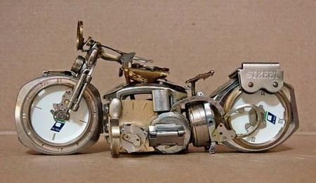 Мотоциклы из часовых механизмов (Фото 5)