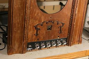 Гитарный усилитель в стиле стимпанк. (Фото 3)