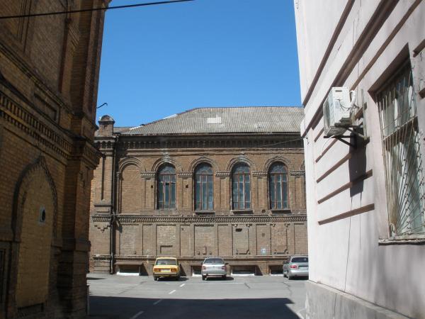 Весенний старый город (Фото 5)