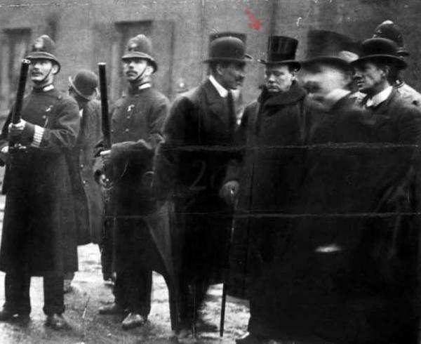 история запрета оружия в Англии (Фото 9)