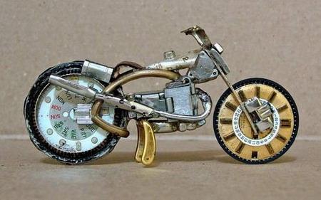Мотоциклы из часовых механизмов (Фото 2)