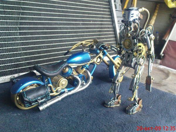 робот байкер в стиле киберпанк (Фото 4)