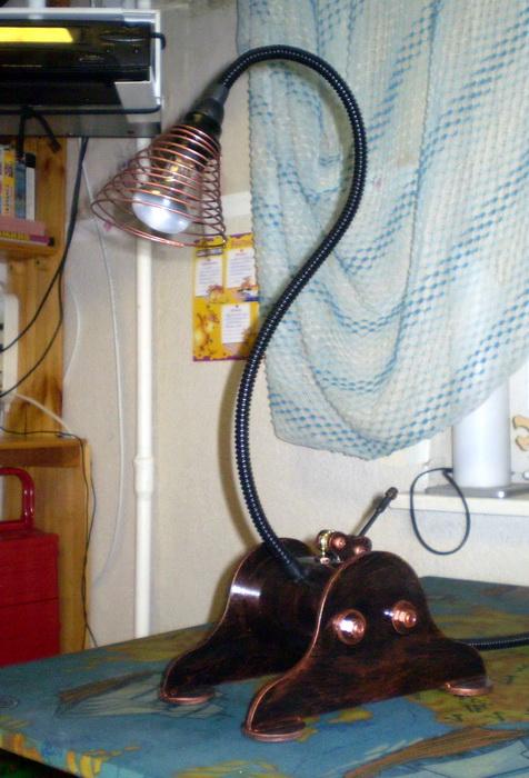 Лампа и медалька (Фото 4)