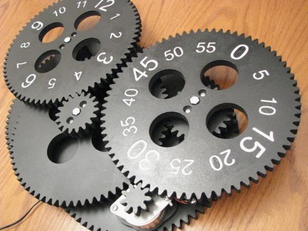 Gear Clock Kit от Alan Parekh