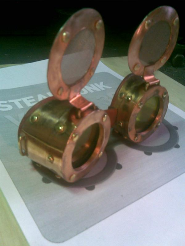 Классическая модель гугглов. Назовём её Марс. (Фото 4)