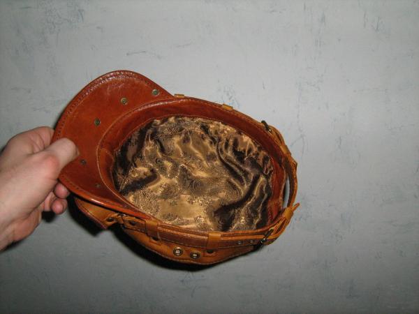 Распродажа кепок. (Фото 9)