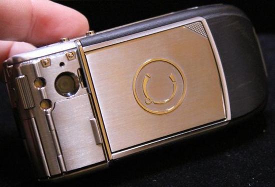 Топ мобильных телефонов (Фото 3)