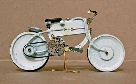 Мотоциклы из часовых механизмов (Фото 7)