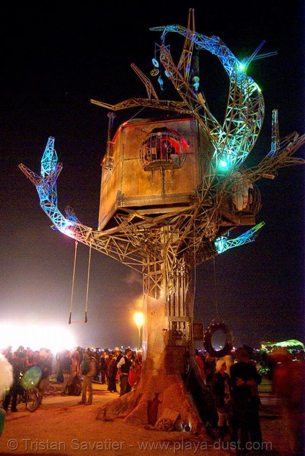 Железное дерево в песках Невады. (Фото 12)