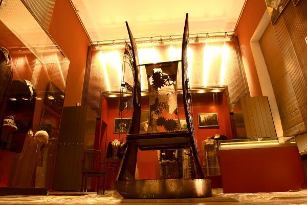 КРЕСЛО (Театральный Музей) (Фото 8)