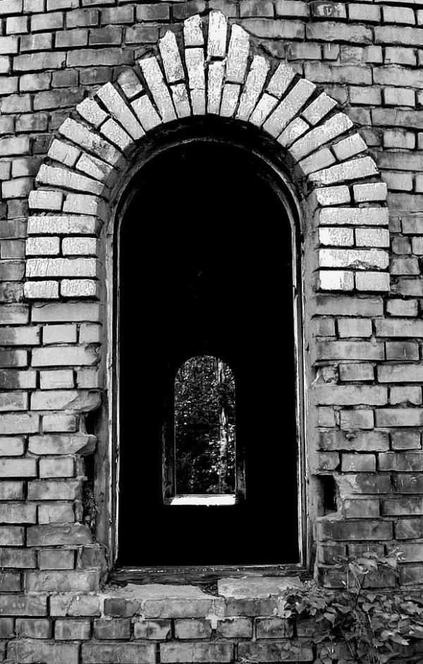 Окно башни.