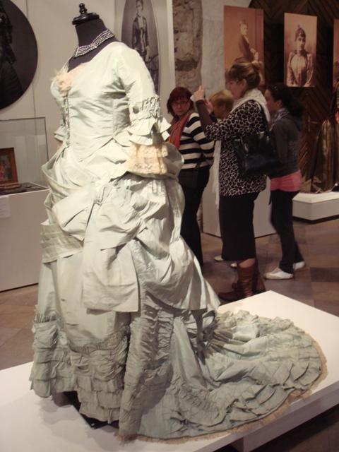 """На выставке """"Мода Викторианской эпохи"""" - платья и аксессуары 1830 - 1900 годов из собрания Александра Васильева, Париж (Фото 21)"""