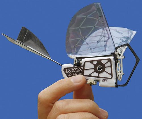 Большие достижения миниатюрных  орнитоптеров