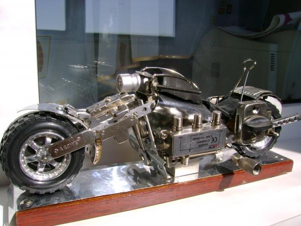 один из мотоциклов