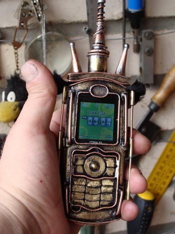 Fremen Atreides I   - еще один телефон.  В некотором смысле  - попытка размышления на тему мира Дюны. (Фото 6)