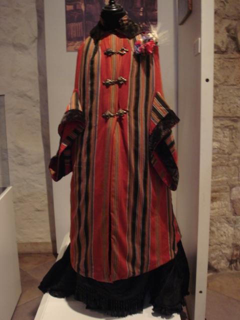 """На выставке """"Мода Викторианской эпохи"""" - платья и аксессуары 1830 - 1900 годов из собрания Александра Васильева, Париж (Фото 9)"""
