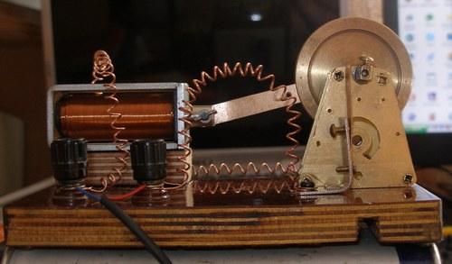 Модель электродвигателя Пейджа (Фото 5)