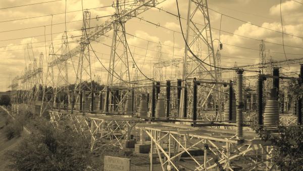 Старый Александровск и высоковольтные линии