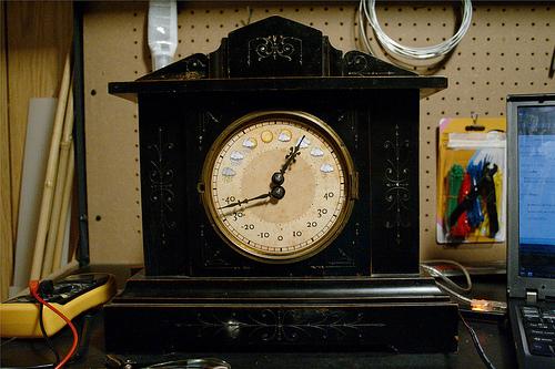 Antique Weather Clock (Фото 3)
