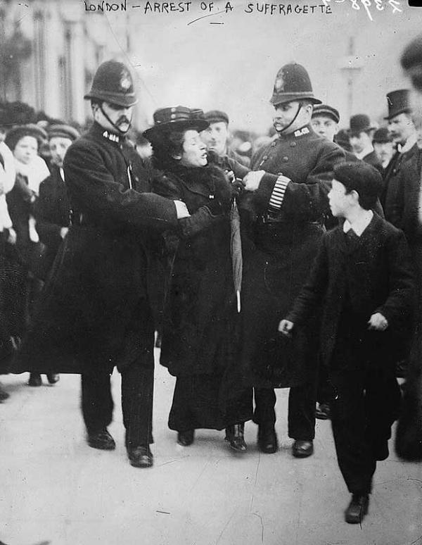 история запрета оружия в Англии (Фото 2)