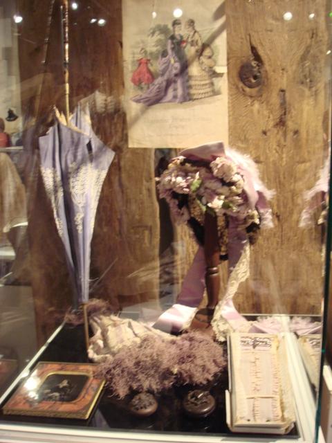 """На выставке """"Мода Викторианской эпохи"""" - платья и аксессуары 1830 - 1900 годов из собрания Александра Васильева, Париж (Фото 27)"""