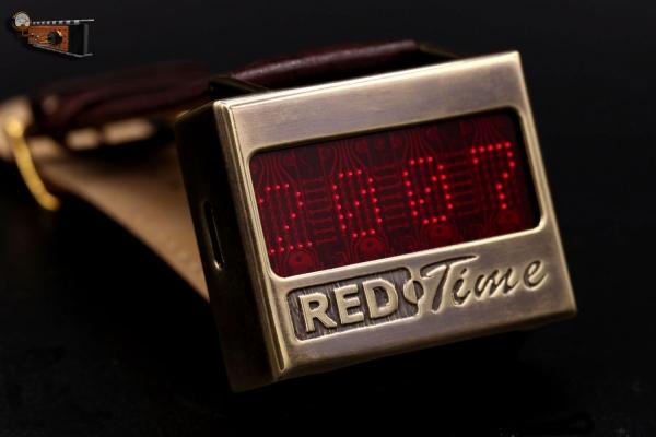 Часы на матричном индикаторе