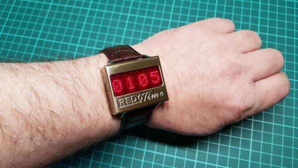 Часы RED Time на матричном индикаторе