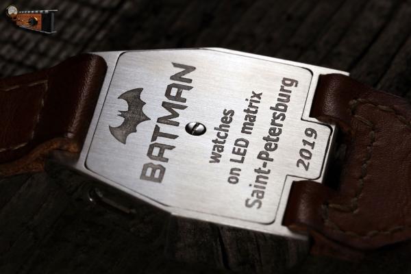 Тематические наручные часы на матричном индикаторе «Бэтмен»