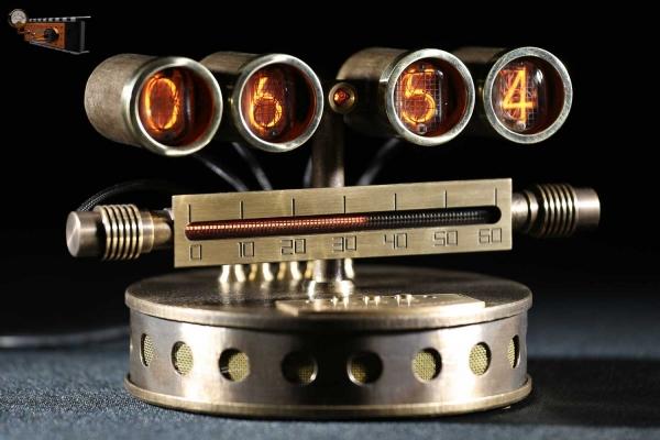 Настольные часы «Линия времени»