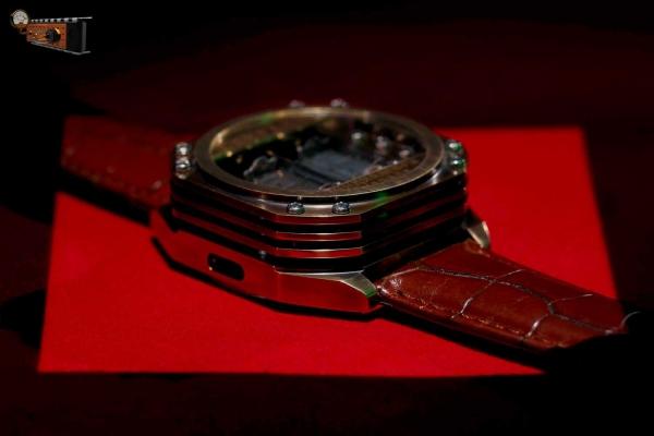 Часы Спираль в латунном корпусе