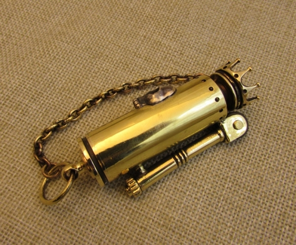 Зажигалка №140. Череп и Корона. И пряжка кельтская.