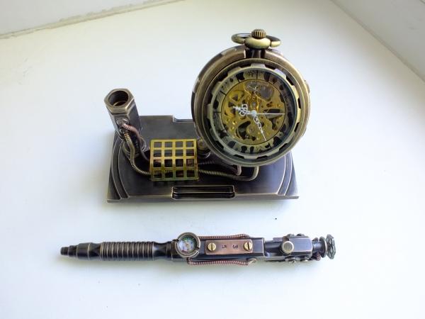 Подставка для ручки и карманных часов