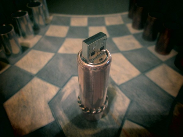 Дамская usb flash drive