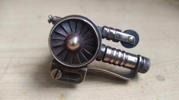 Зажигалка стимпанк одноцилиндровая турбина