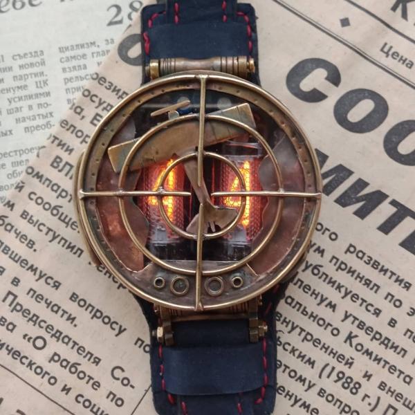 Часы ламповые наручные AVIATOR