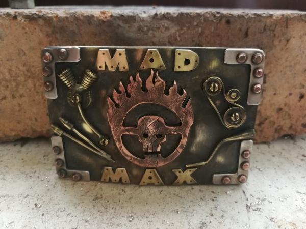 Пряжка MAD MAX