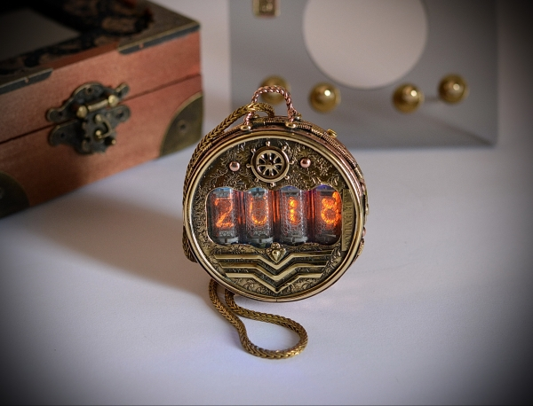 Nixie tube watch, Pocket watch Commodore