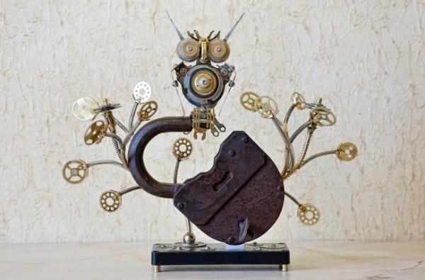 Арт-скульптура В густых металлургических лесах...