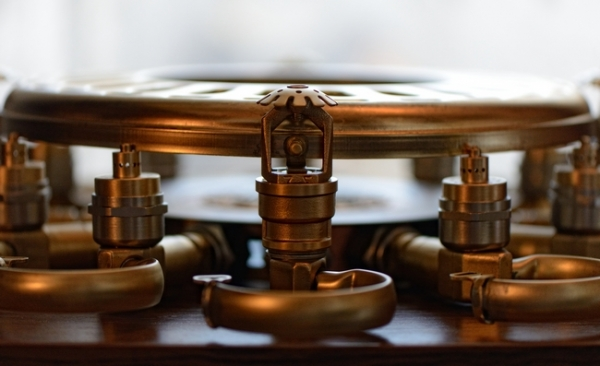 Часы из манометров...