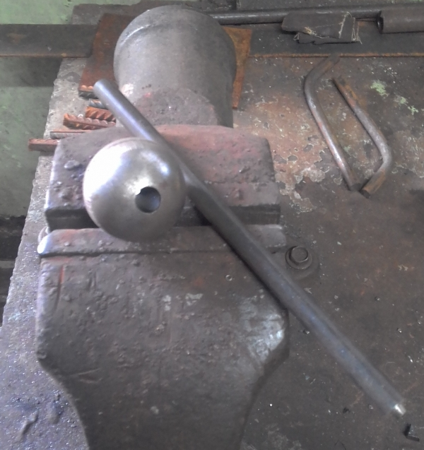Элемент декора на базе конструкции армиллярной сферы (не стимпанк)
