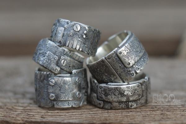 Техно кольца из серебра.