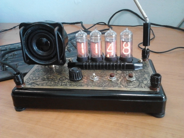 Просто NIXIE Clock :)